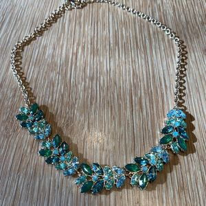 Gorgeous Banana Republic sparkling necklace
